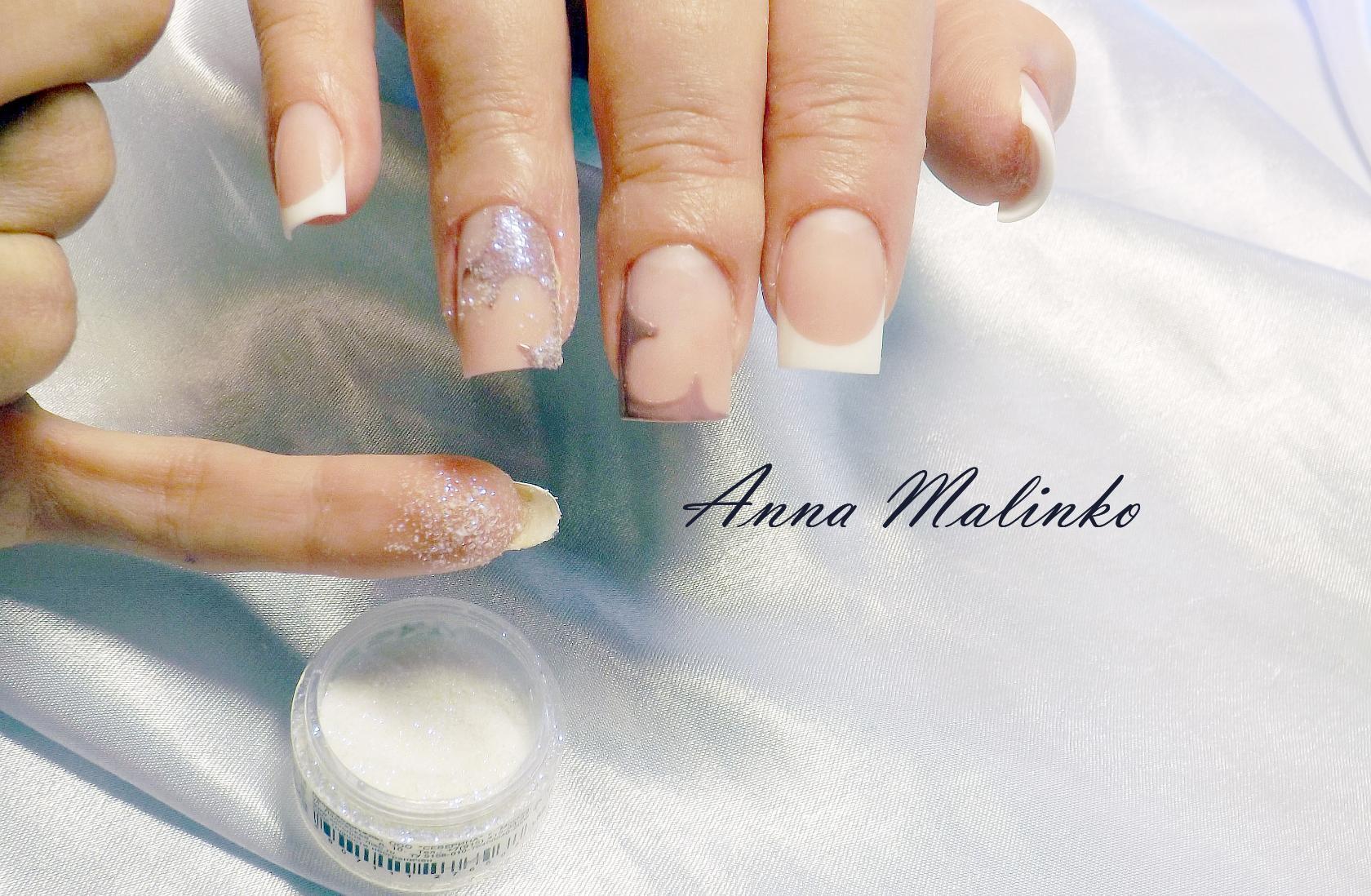 Каучуковое укрепление ногтей фото